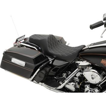 Drag Specialties Predator III Seat for 1997-2007 Harley FLHR FLHX – Silver Double Diamond Stitch