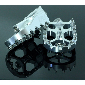 Flo Motorsports Moto Style Foot Pegs for Harley - Silver