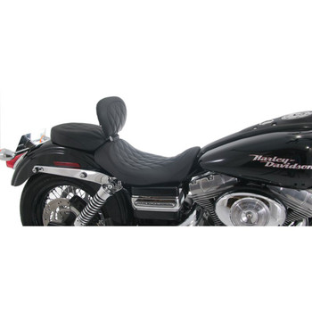 Mustang Wide Tripper Diamond Seat w/ Driver Backrest for 2006-2017 Harley Dyna - Black