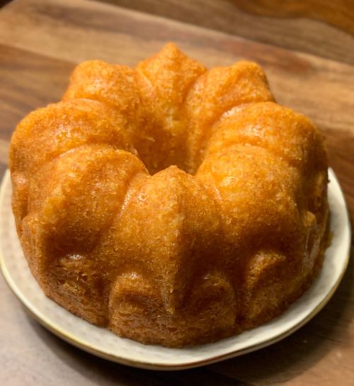 Medium Rum Cake