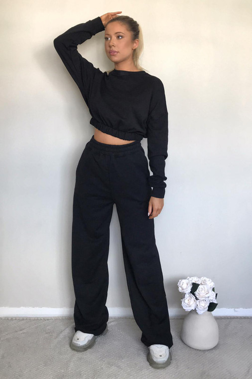 Black Long Sleeve Cropped Sweater