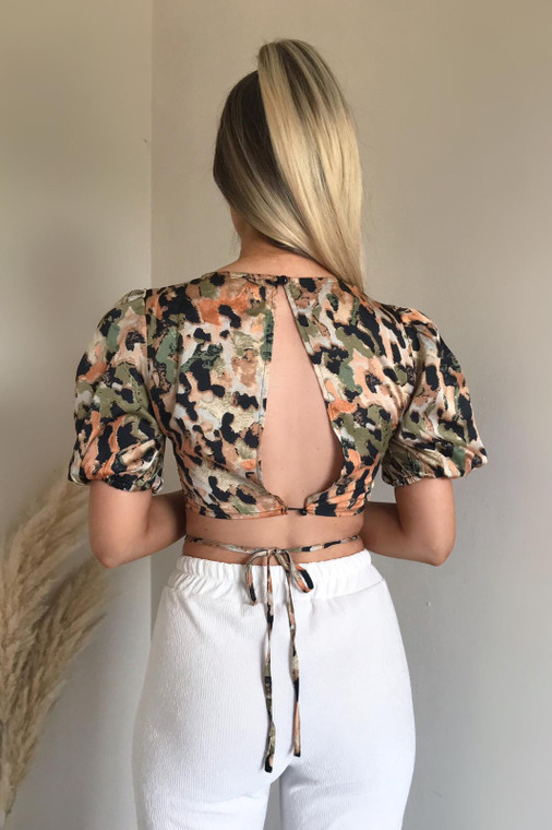 Abstract Leopard Print Puff Sleeve Crop Top