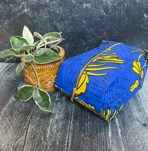 Blue & Yellow Flowers - Pop up Pouch