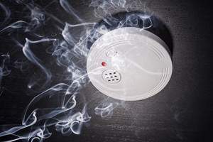 Will the fire department check my smoke alarms?
