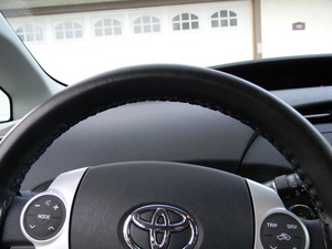 Wheelskins Genuine Leather Steering Wheel Cover for 2004-2009 Toyota Prius