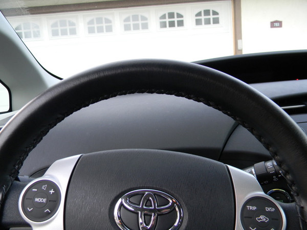 Wheelskins EuroPerf Perforated Genuine Leather Steering Wheel Cover for 2010-2015 Toyota Prius