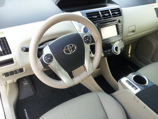 Wheelskins Eurotone Two-Color Genuine Leather Steering Wheel Cover for 2012-2015 Toyota Prius c