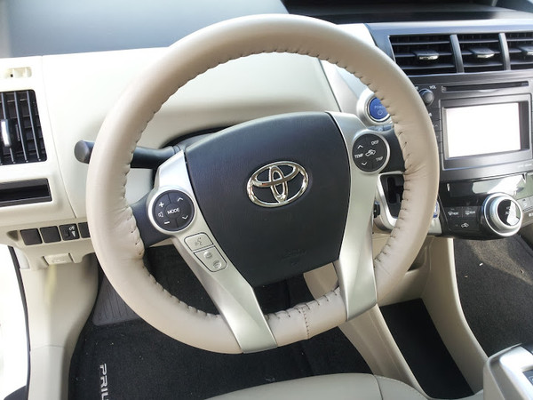 Wheelskins EuroPerf Perforated Genuine Leather Steering Wheel Cover for 2004-2009 Toyota Prius