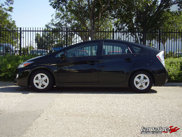 2010-2015 Prius Lowered with DF210 Tanabe Springs