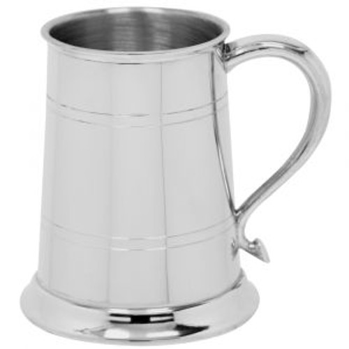 1 Pint English pewter tankard with Swan handle