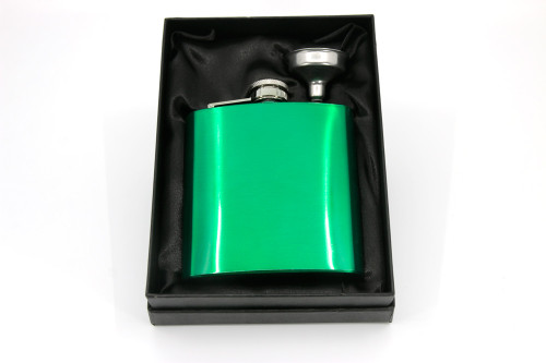 Green stainless steel hip flask in gift box
