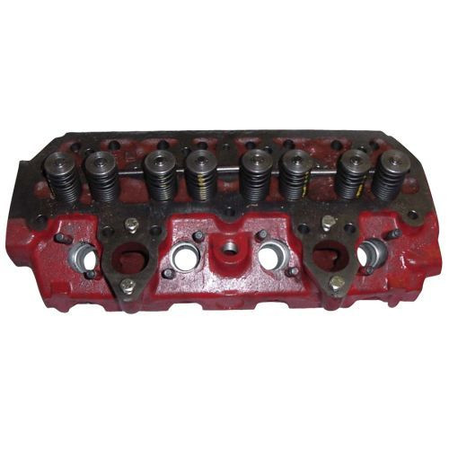 New Case/IH Cylinder Head Fits BD154 Engines 3043824R1, 3043824R12, 703872R98