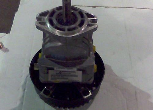 Bad Boy Mower OEM  050-5500-00 PR Pumps w/Fan 16cc Left