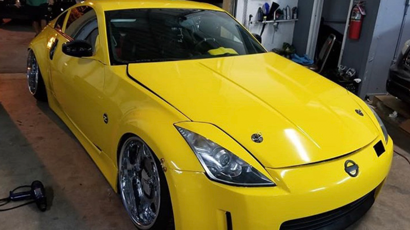 Gloss Bright Yellow wrap by @zicoz33_
