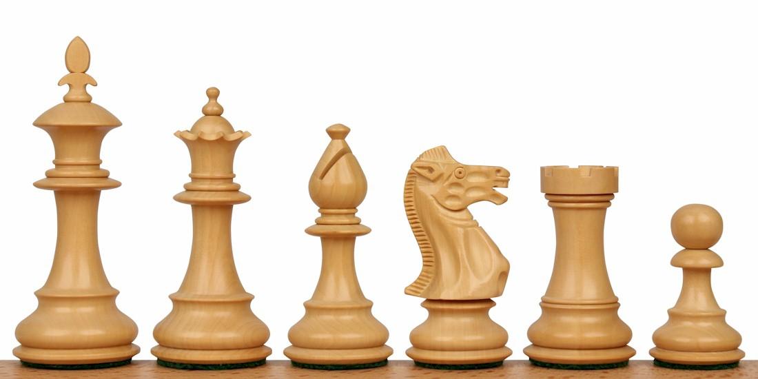 Royal Staunton Chess Pieces