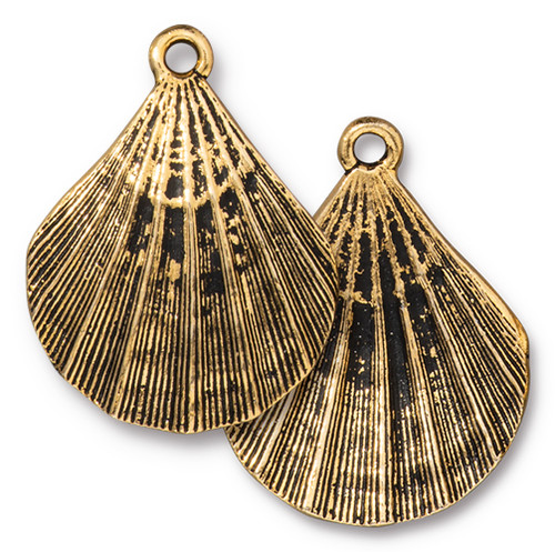 Scallop Shell Pendant, Antiqued Gold Plate, 10 per Pack