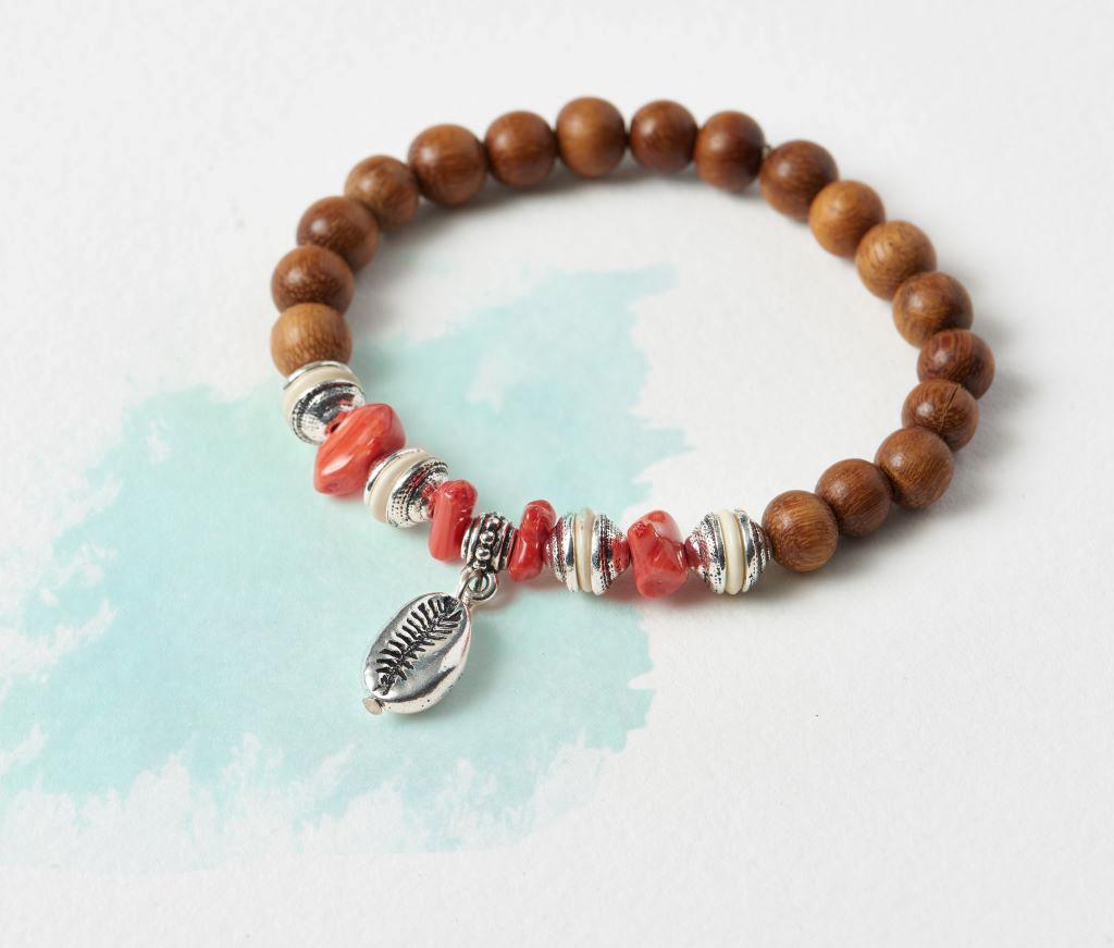 cowrie-stretch-bracelet2-1024px.jpg