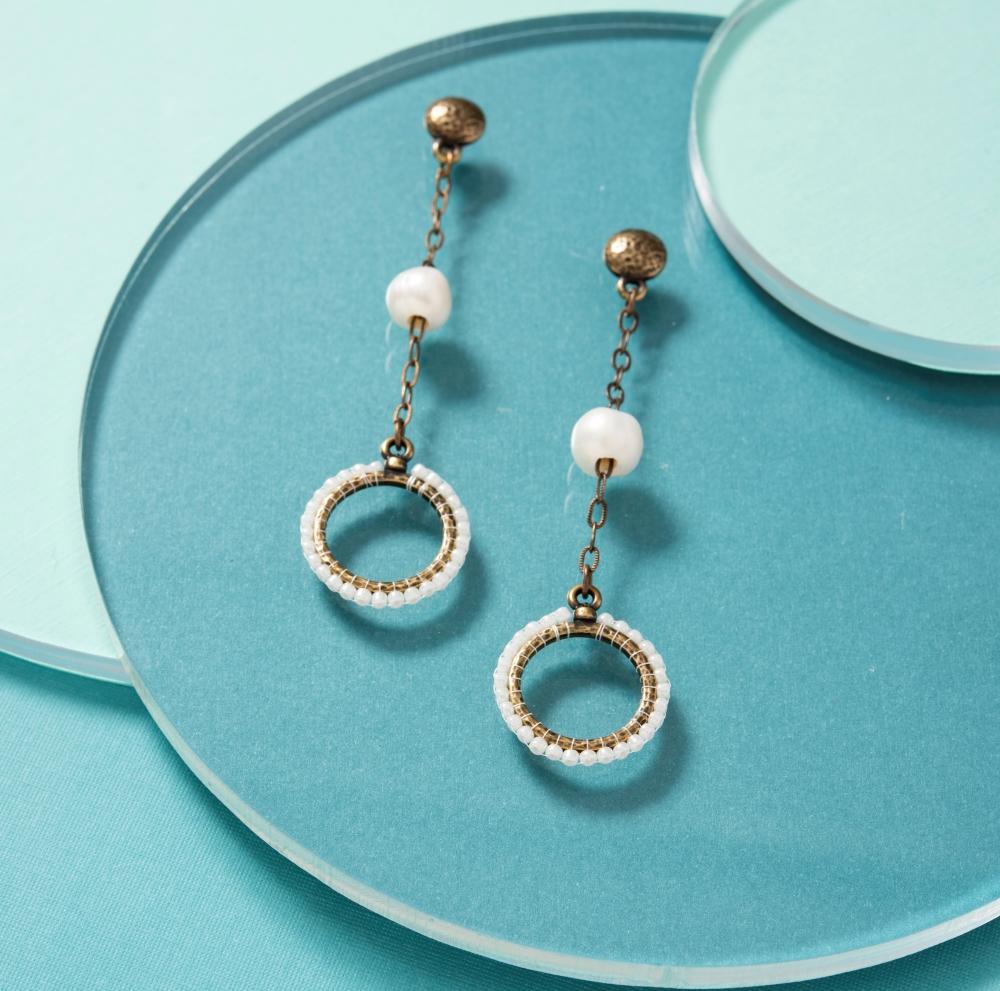 elegant-pearl-earrings-cropped2.jpg