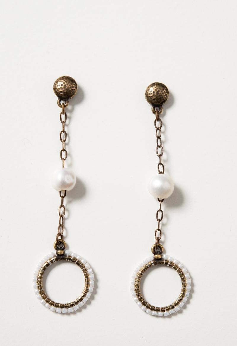 elegant-pearl-earrings-on-white-800px.jpg