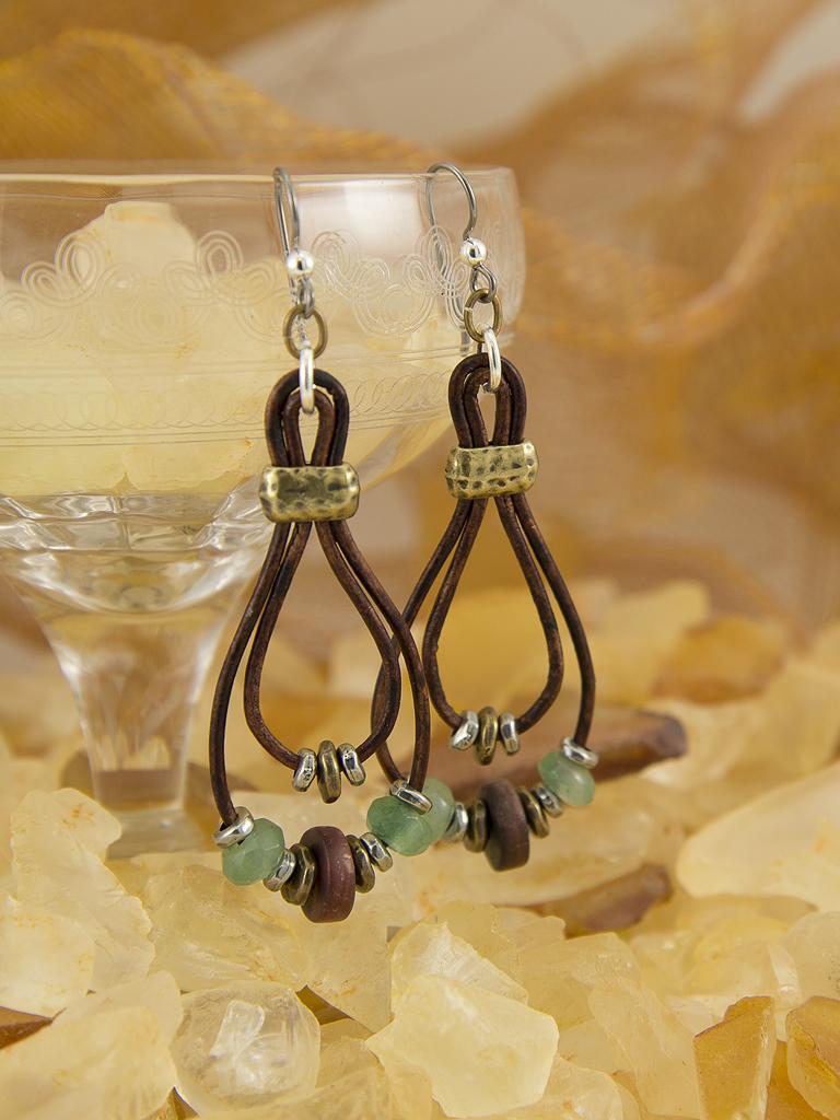 lasso-earrings-ipad.jpg