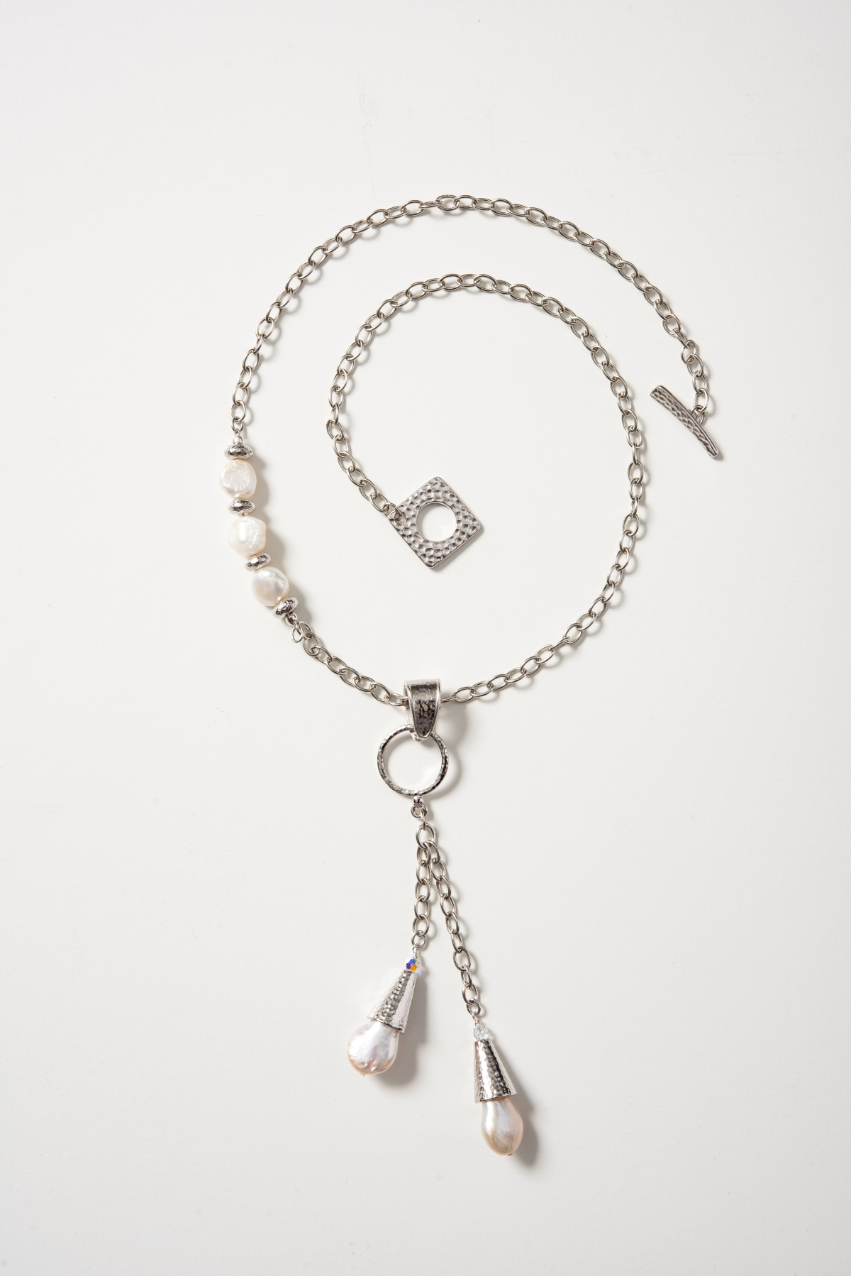 pearl-dangles-necklace-on-white-1200px.jpg