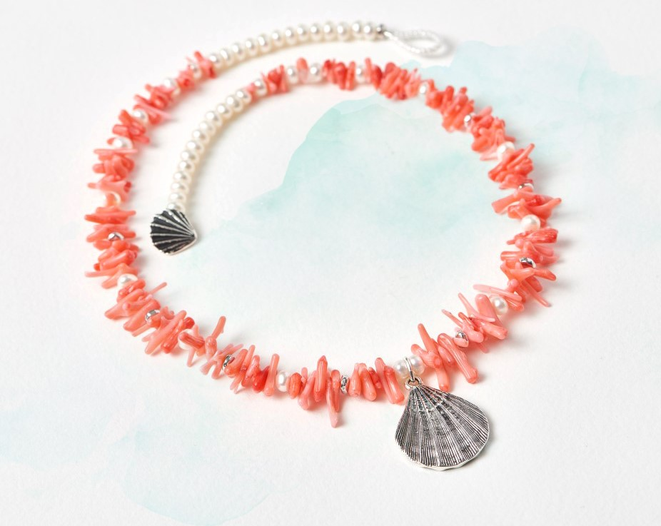 shell-coral-necklace2-1024px.jpg