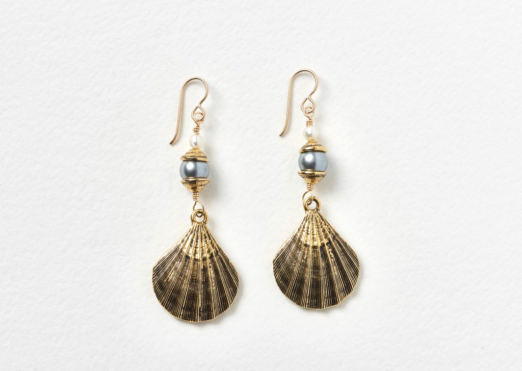 shell-pendant-earrings-on-white-1024px.jpg