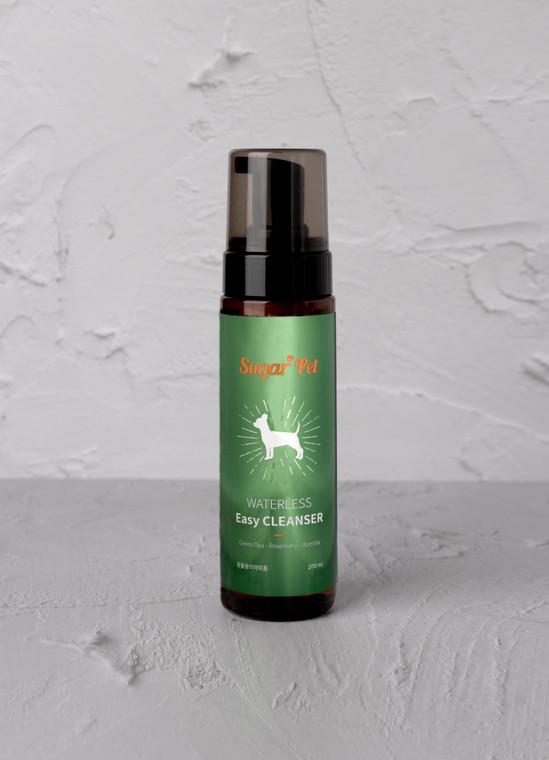 Pet; Waterless Easy Cleanser: Washes pets easily - No-rinse formula, foam wash. Removes dirt from paws and fur