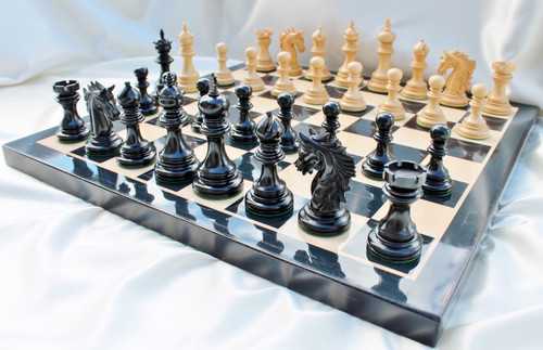 "Centurion Knight Staunton Luxury Chess Set  with 114mm (4.5"") King in Ebony, Chess Board & Case"