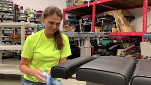 How to video on changing your Omni Chiropractic Table cushion