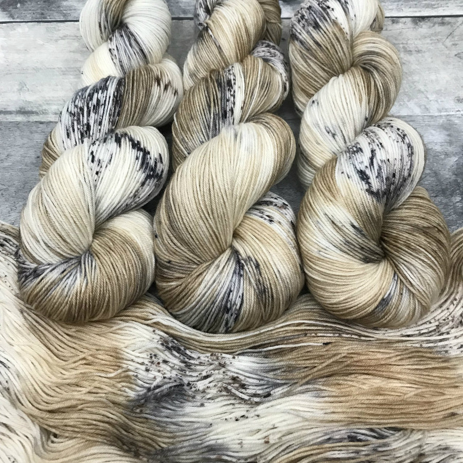"""""""Snow Leopard"""" Hand Dyed Hitchhiker Sock Yarn"""