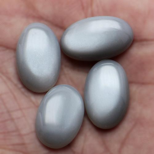 Grey Moonstone Oval Cabochon 12X20 mm  30.21 Carats GSCGMON009