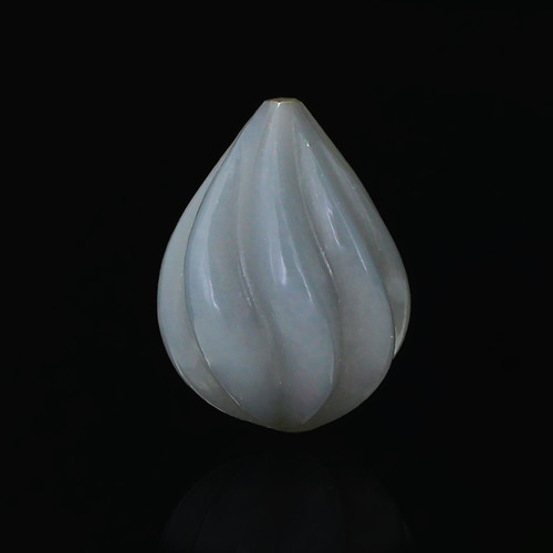 Grey Moonstone Pear Carving 14X19 mm 19.52 Carats GSCGMON010