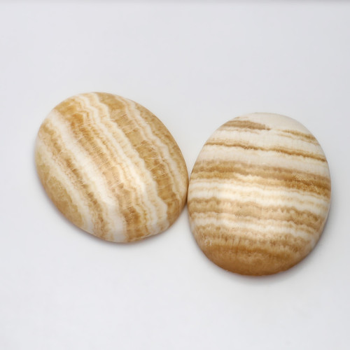 Cream Lace Agate Oval 35X27 mm 1 Pair 126.59 Carats GSCCLA001