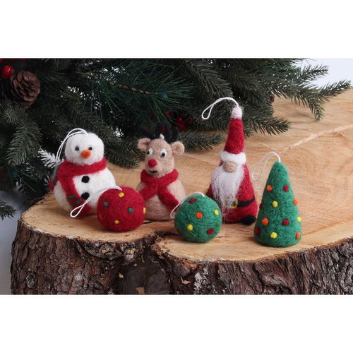 Needle Felted Ornaments Kit