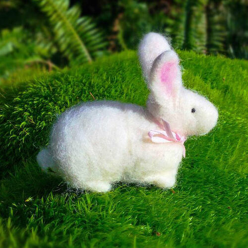 Woolpets Bunny Needle Felting Kit - Easy