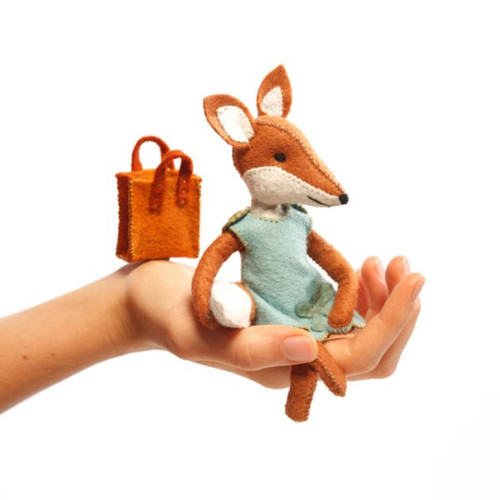 Felt Sewing Kit - Charlotte the Fox
