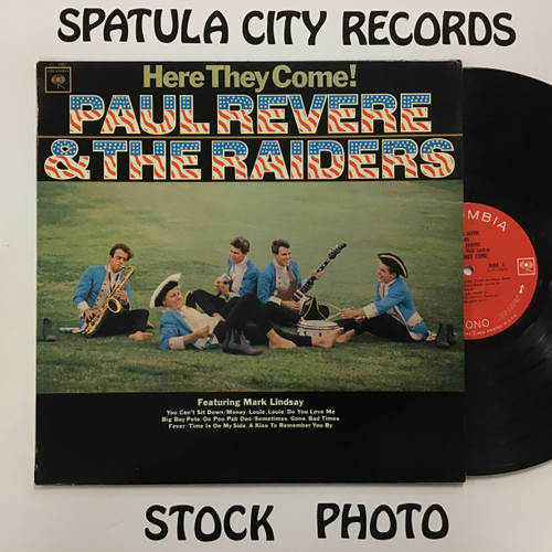 Paul Revere and The Raiders - Here they Come! - vinyl record album LP