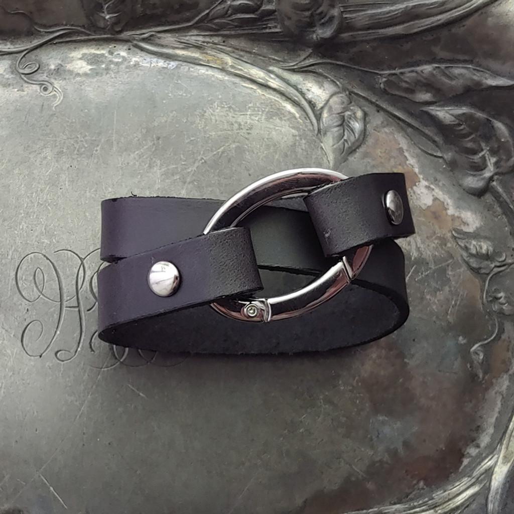 Flat Oval Ring Shawl Cuff | Bracelet
