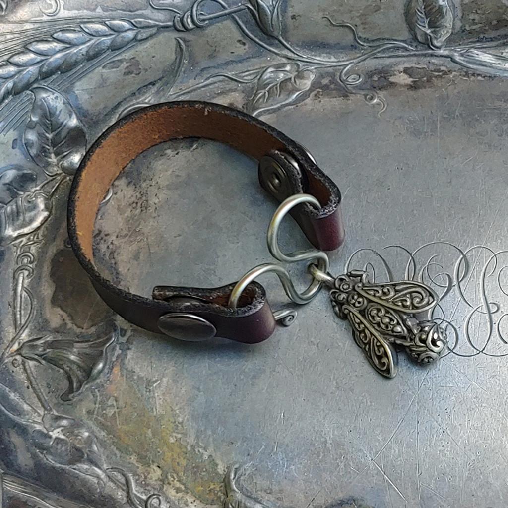 Honeybee Serpentine Single-Wrap Charm Lock Cuff