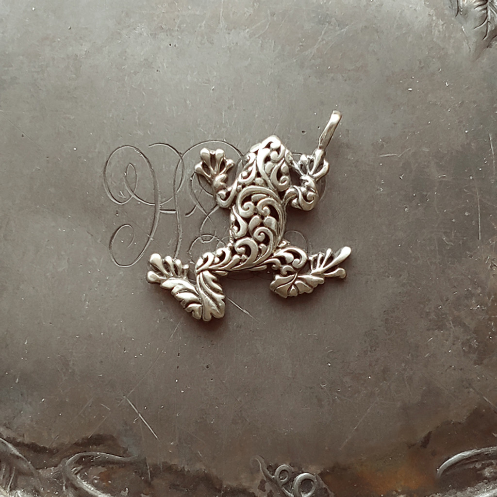 Filigree Tree Frog Charm
