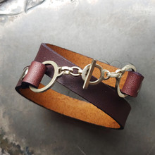 Minimalist Toggle Leather Cuff