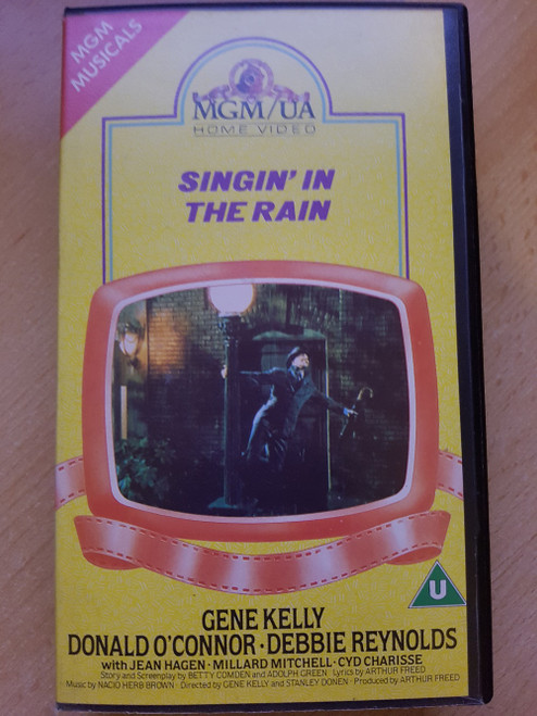 Singin' In The Rain VHS from MGM/UA Home Video (SMV 10185)