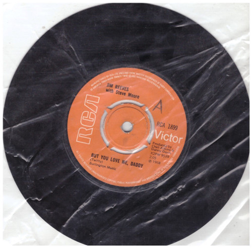 """7"""" 45RPM But You Love Me, Daddy/Snow Flake by Jim Reeves from RCA (RCA 1899)"""