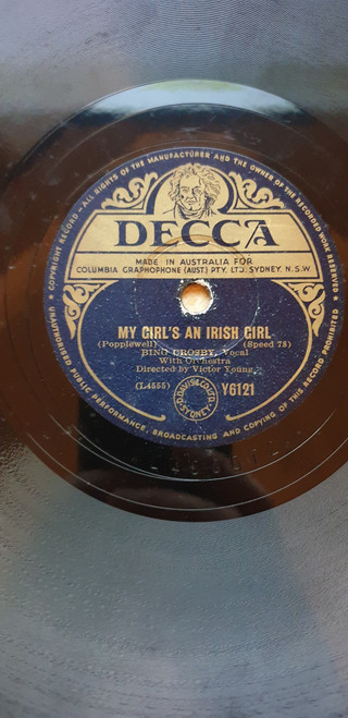 "10"" 78RPM My Girl's An Irish Girl/Galway Bay by Bing Crosby from Decca (Y6121)"