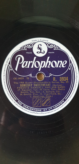 """10"""" 33RPM Someday Sweetheart/Hotter Than That by Freddie Randall And His Band from Parlophone (R. 3934)"""