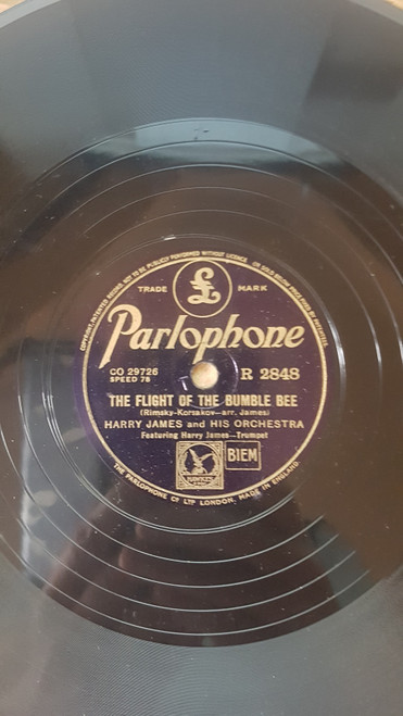 "10"" 78RPM The Flight Of The Bumble Bee/The Carnival Of Venice by Harry James And His Orchestra from Parlophone (R 2848)"