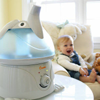 Crane 'Elliot The Elephant' Cool Mist Humidifier with baby