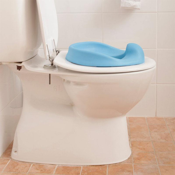 Dreambaby Foam Super Soft Feel Potty Seat - Blue live
