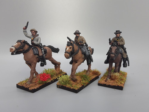 28mm Confederate cavalry with pistols, summer